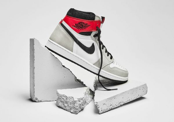 Air Jordan 1 High Light Smoke Grey 2020